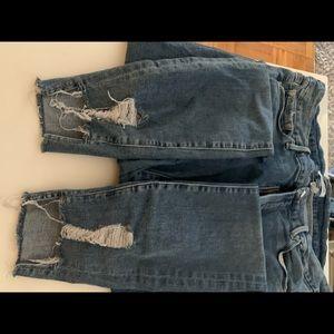 Good American Jeans - Good American lightly distressed good legs jean